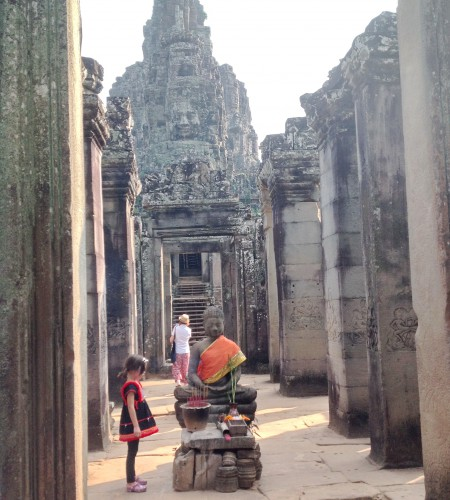 Buddha worship at Bayon.