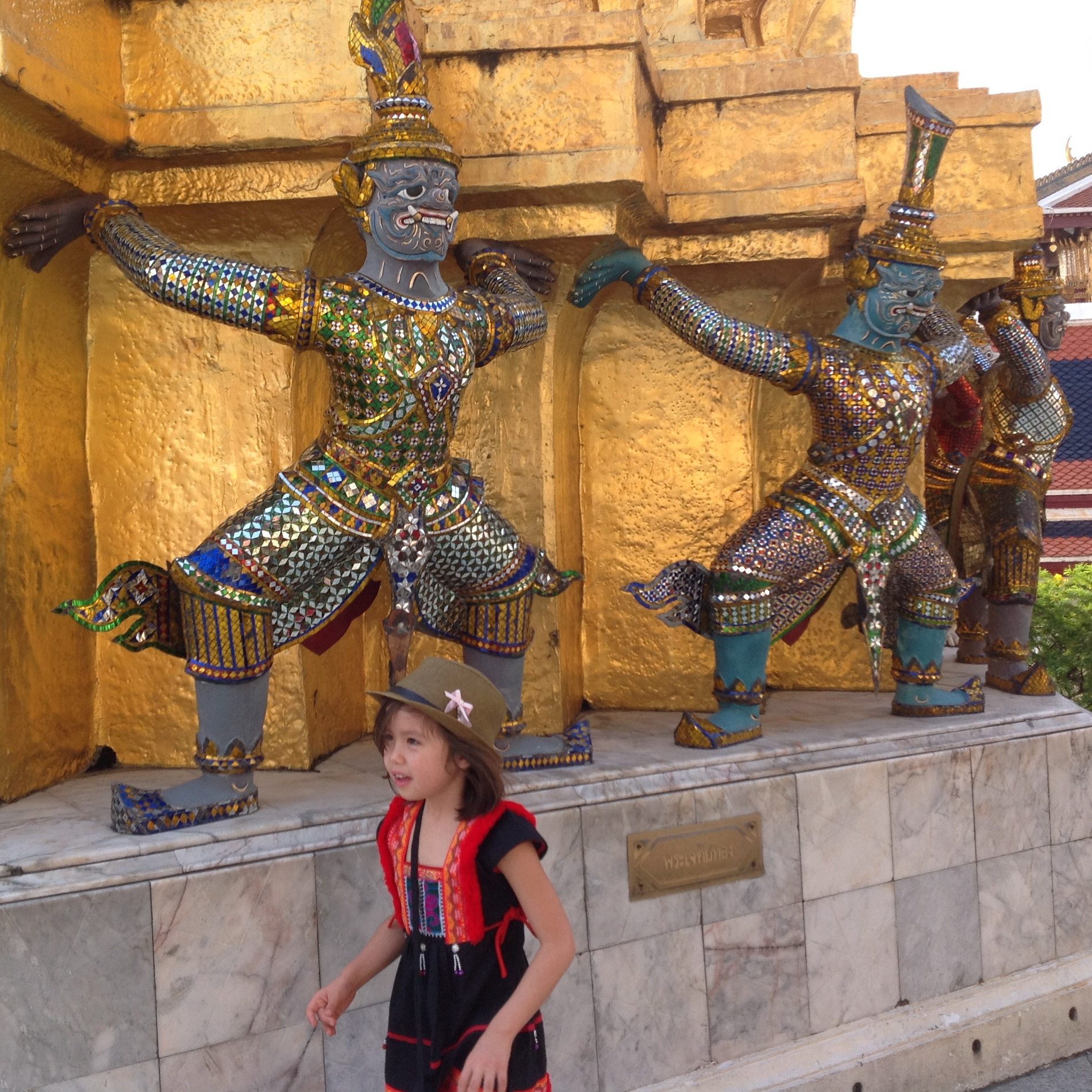 Glittering Grand Palace and the stench in a sacred temple