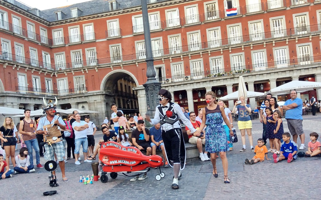 About fun and auto-da-fé at Plaza Mayor